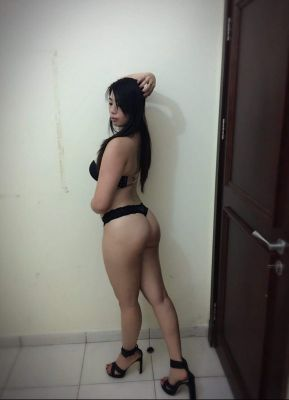 Cassandra hot young, 24 age