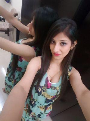 Girls massage for the sex Dubai — SHANAYA-VIP-indian, 19 age